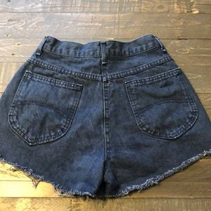Vintage High Waist front destroyed chic shorts